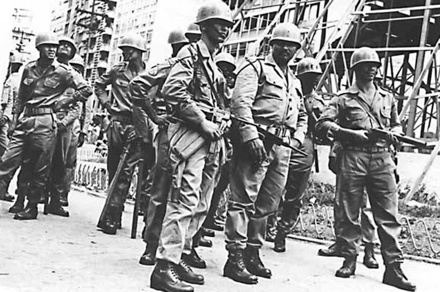 Ocupação militar de Belo Horizonte (MG). Abril de 1964.(Arquivo Nacional/ ph fot 5609 9)