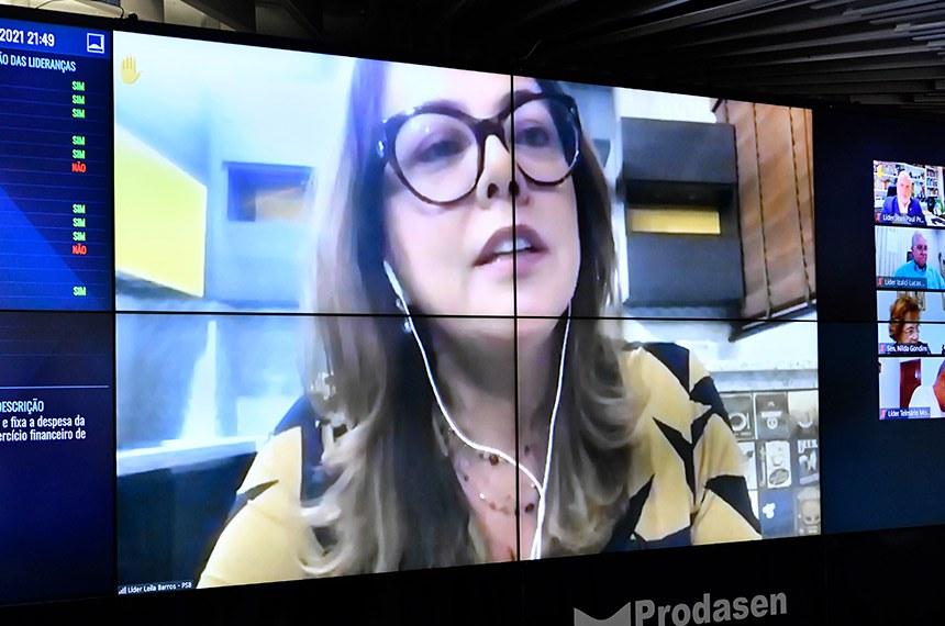 Sessão Deliberativa Remota do Congresso Nacional, para senadores, destinada à apreciação do Projeto de Lei do Congresso Nacional (PLN) 28/2020, que estabelece o Orçamento de 2021.  Em pronunciamento via videoconferência, senadora Leila Barros (PSB-DF).  Foto: Waldemir Barreto/Agência Senado