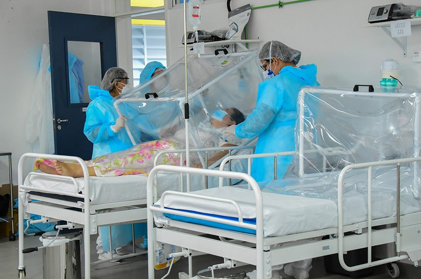 Manaus – Hospital de Campanha Municipal abre 13 novos leitos  Fotos INGRID ANNE