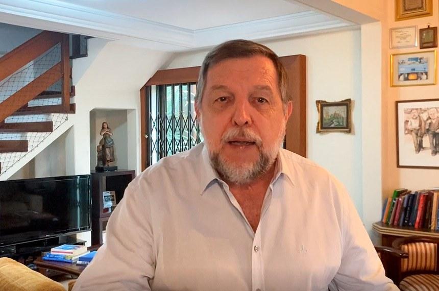 Para o senador Flávio Arns, o retorno às aulas é muito importante, mas tem que acontecer após  amplo debate e diálogo em cada município