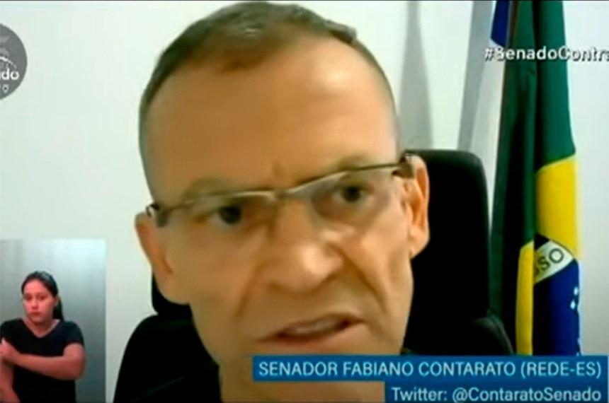 O senador Fabiano Contarato (Rede-ES) requereu a homenagem aos defensores públicos