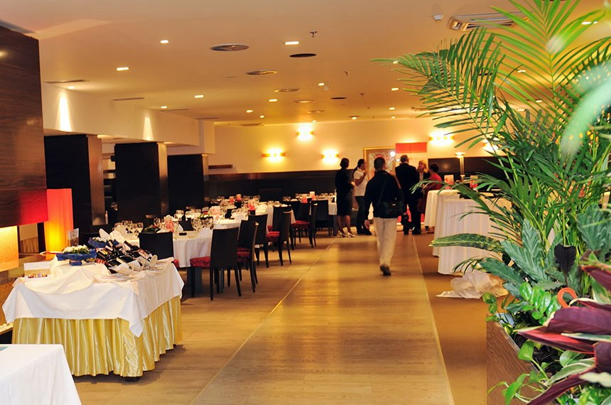 Coctail And Banquet Catering Party Event  Evento com coquetel.  Foto: Stockphotos