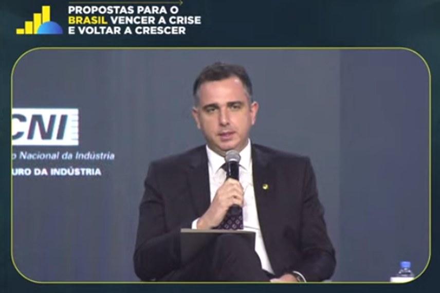 O presidente do Senado, Rodrigo Pacheco, ressaltou a disposição do Congresso em dar andamento às reformas tributária e administrativa