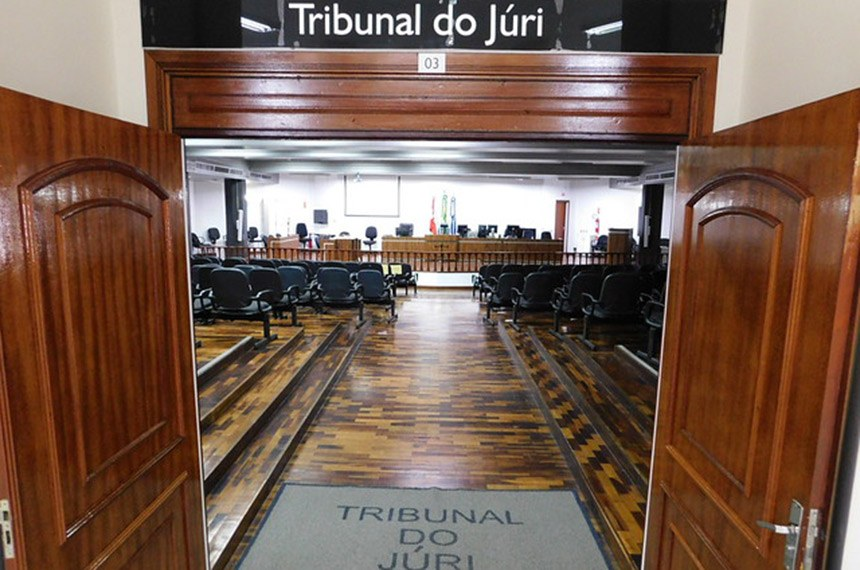 Proposta do senador Flavio Arns estabelece que, de 7 vagas do conselho de sentença do tribunal do júri, pelo menos três sejam de mulheres