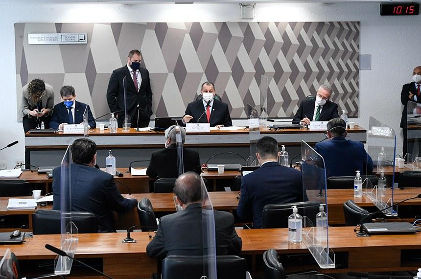 "CPI quebra sigilo de Eduardo Pazuello, Ernesto Araújo e ""gabinete paralelo""  — Senado Notícias"