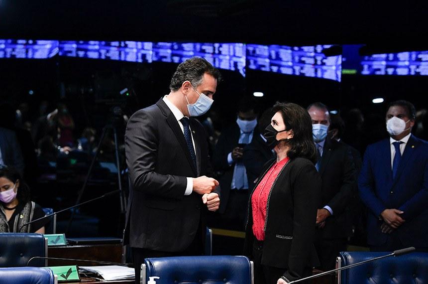 Rodrigo Pacheco e Simone Tebet no Plenário do Senado