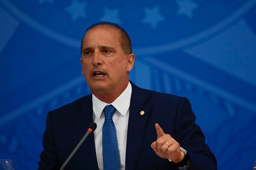 O ministro da Cidadania, Onyx Lorenzoni; participa de coletiva de imprensa no Palácio do Planalto
