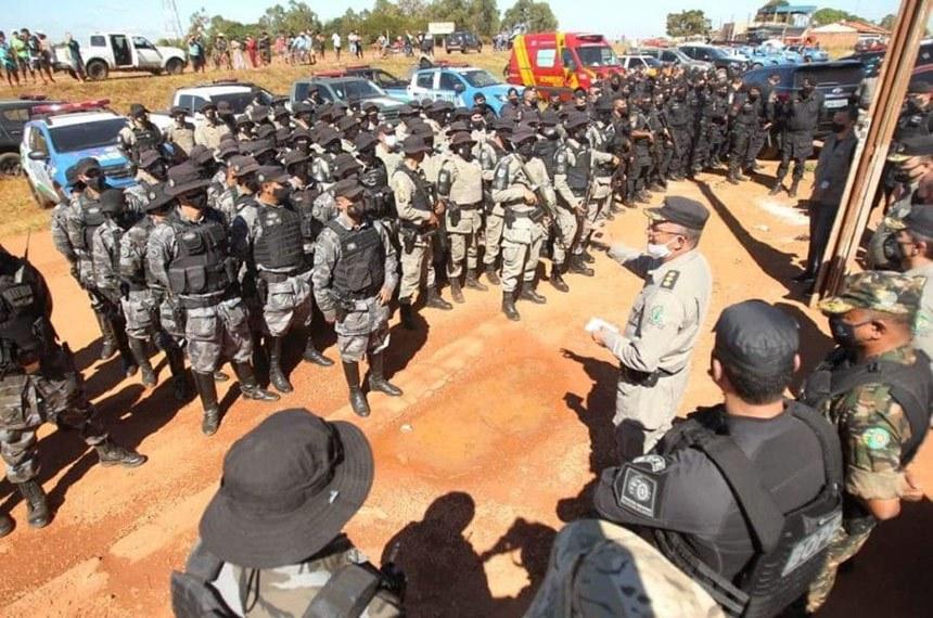 A força-tarefa destinada à captura de Lázaro Barbosa Sousa , na região de Cocalzinho de Goiás. Mais de 200 policiais estão envolvidos  Fabio Lima/Fotos Públicas