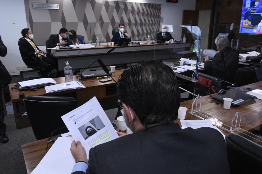 Plenário da CPI durante o depoimento de Emanuela Medrades, nesta quarta-feira