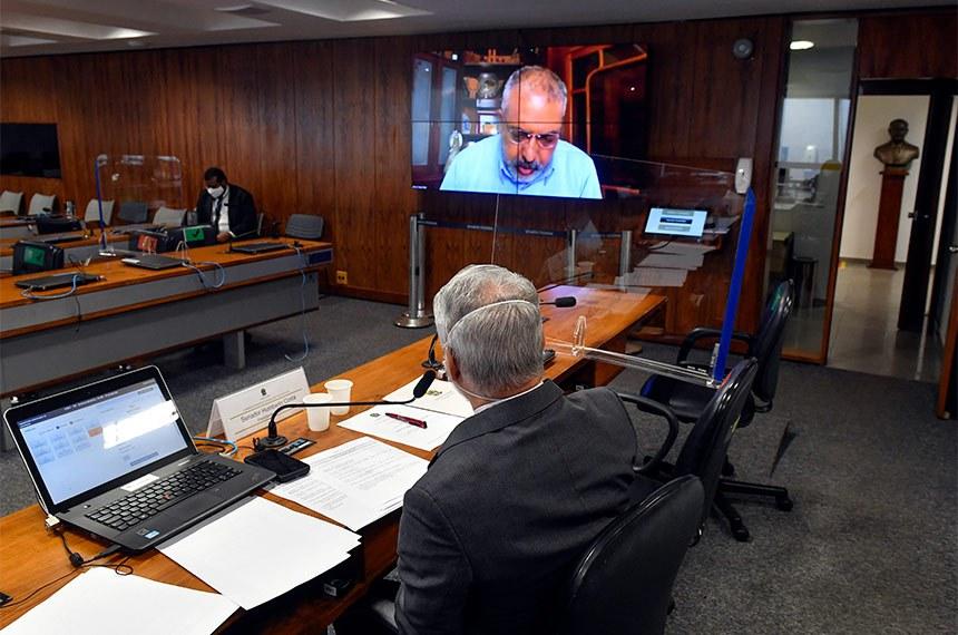 O relator, senador Paulo Paim (PT-RS), destacou as vantagens que o uso de bicicletas acarreta para toda população