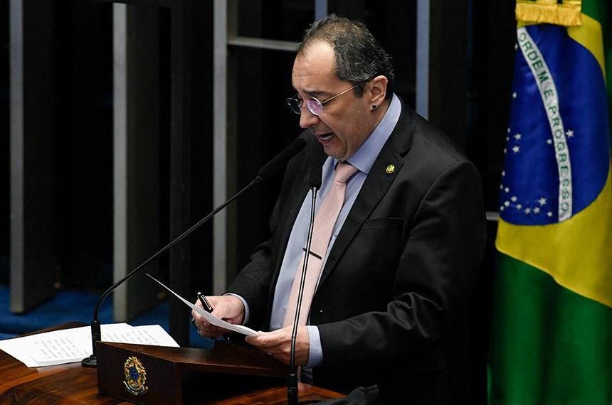 Senador Jorge Kajuru (Podemos-GO) parabenizou o presidente do Senado, senador Rodrigo Pacheco (DEM-MG) por ter devolvido a MP das Fake News