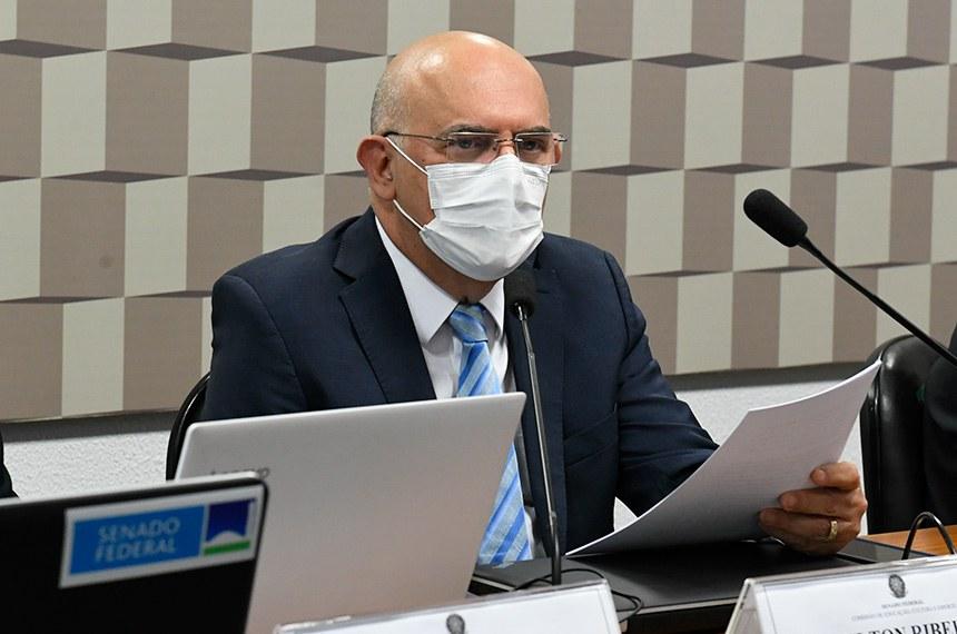 """Em audiência na Comissão de Educação, Ribeiro reconheceu que """"suas palavras não foram adequadas"""""""