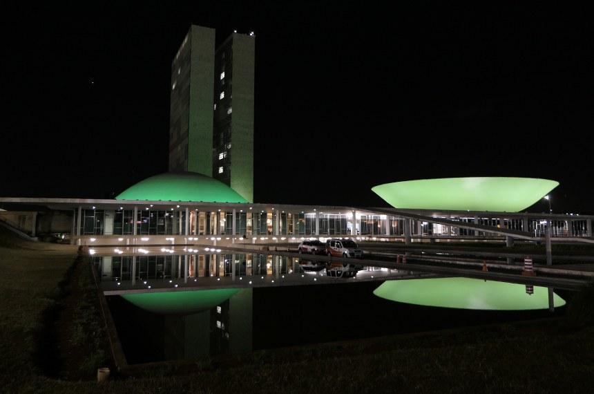 Luz verde no Palácio do Congresso (na foto, iluminação de campanha contra câncer de cabeça, em 2020) busca dar visibilidade à distrofia, uma doença rara