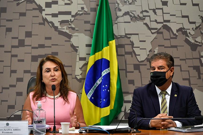 O senador Nelsinho Trad (à dir.) foi autor do requerimento, que foi subescrito pela senadora Kátia Abreu e pelo senador Esperidião Amin