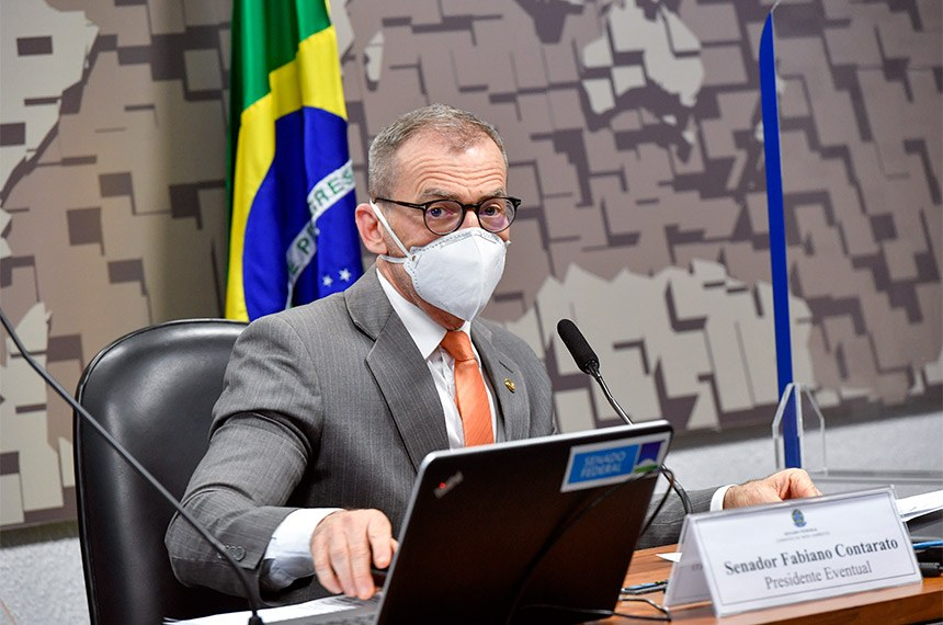 O debate sobre presidido pelo senador Fabiano Contarato (REDE-ES)