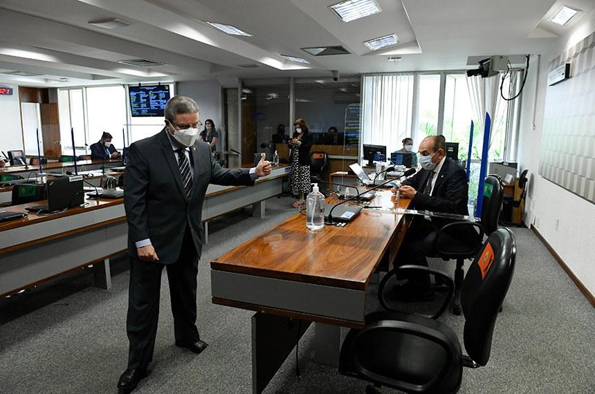 O PLS 321/2018, do senador Antonio Anastasia (PSD-MG), segue para a Câmara dos Deputados