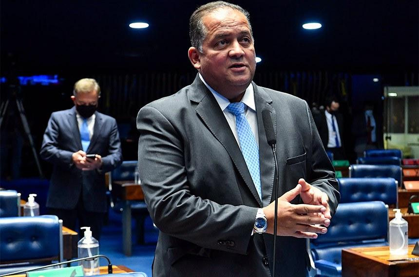 O líder do governo e relator do PLN 16/21, senador Eduardo Gomes (MDB-TO), afirmou que com a aprovação não faltarão recursos para os ministros da Saúde e da Ciência e Tecnologia
