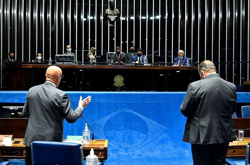 A proposta foi aprovada simbolicamente pelos senadores. Mais cedo, os deputados já haviam aprovado o projeto