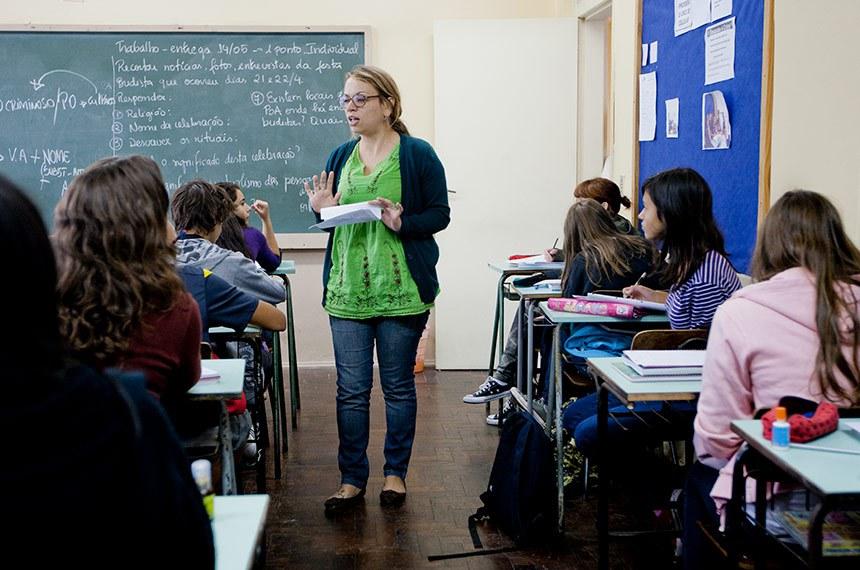 PORTO ALEGRE, RS, BRASIL, 23.04.12: Aulas no colégio Estadual Piratini. Foto: Camila Domingues/Palácio Piratini