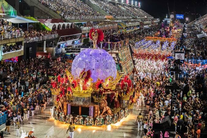 Desfile da Viradouro no Carnaval 2020.