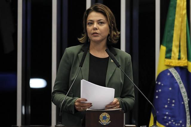 Plenário do Senado Federal durante sessão deliberativa ordinária. \r\rEm discurso, à tribuna, senadora Leila Barros (PSB-DF).  \r\rFoto: Beto Barata/Agência Senado