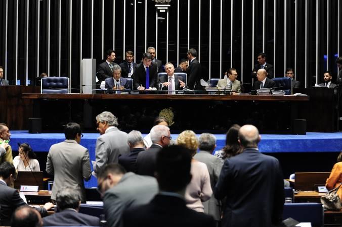 Plenário do Senado durante sessão deliberativa ordinária.