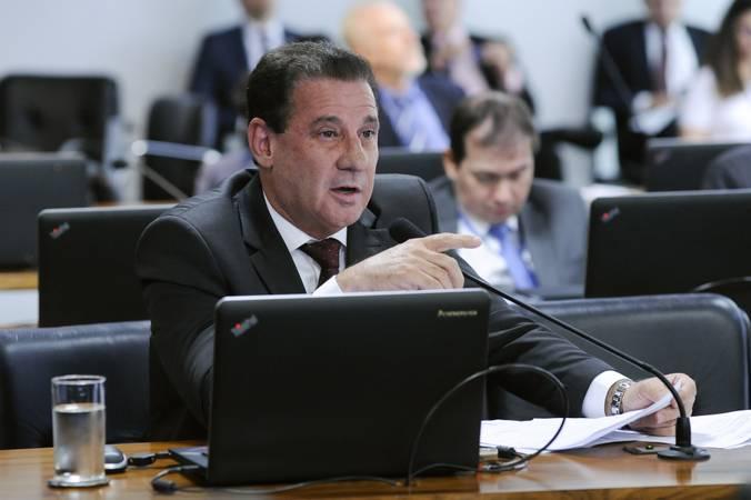 Comissão de Assuntos Econômicos (CAE).\r\rEm pronunciamento, à bancada, senador Vanderlan Cardoso (PP-GO).\r\rFoto: Jande de Araújo/Agência Senado