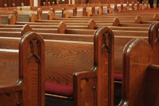 Vanderlan Cardoso pede que igrejas permaneçam fechadas durante a pandemia —  Rádio Senado