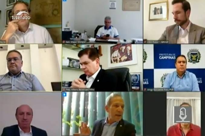 Captura de tela da transmissão da TV Senado da comissão de Reforma Tributária.