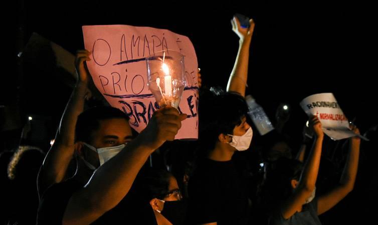 Macapa AP 20 11 200-Órgãos como Aneel e ONS não realizaram fiscalização presencial, mas estavam cientes da falta de um dos três transformadores. População continua protestando contra o 17o. dia de apagão (Foto de Rudja Santos/Amazônia Real)