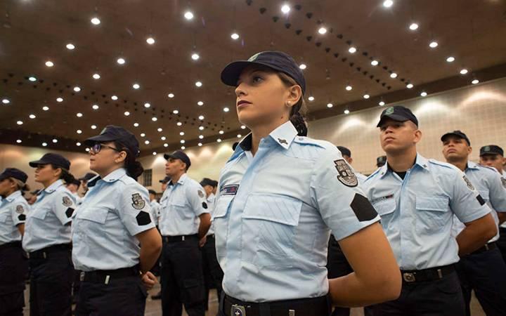 Formatura de novos policiais no Ceará.